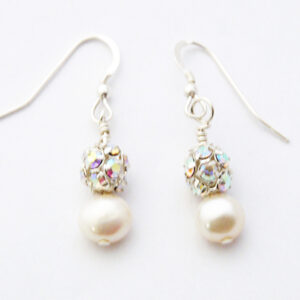 Freshwater Pearl and crystal chatons earrings